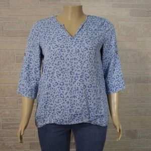 Philosophy Blue Cheetah Chambray Popover Shirt Top